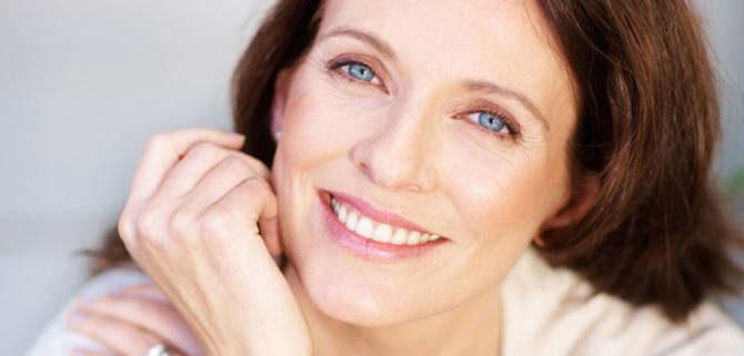 donna sorridente 670x321 - Atrofia vaginale. Un valido rimedio grazie al laser