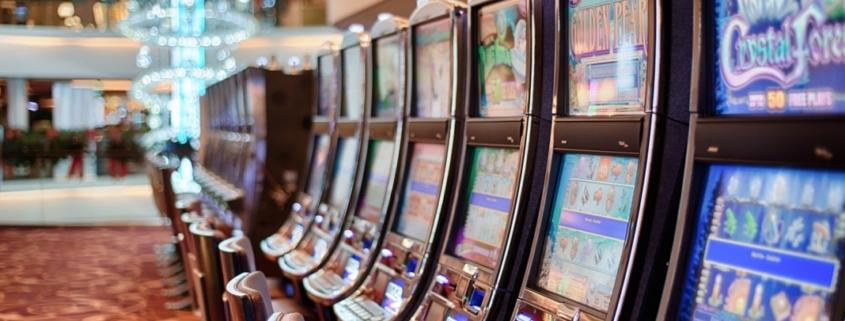 gambling 602976 1280 e1529325707769 845x321 - Vecchie e nuove dipendenze. Un nuovo servizio attivo presso il Poliambulatorio Anver