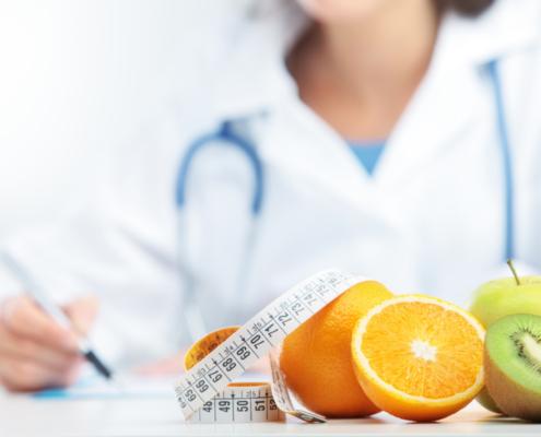 Dietologo dietista e nutrizionista 495x400 - Info Da Poliambulatorio Aver Marzo 2020